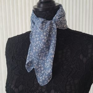 White Flowers Square Scarf